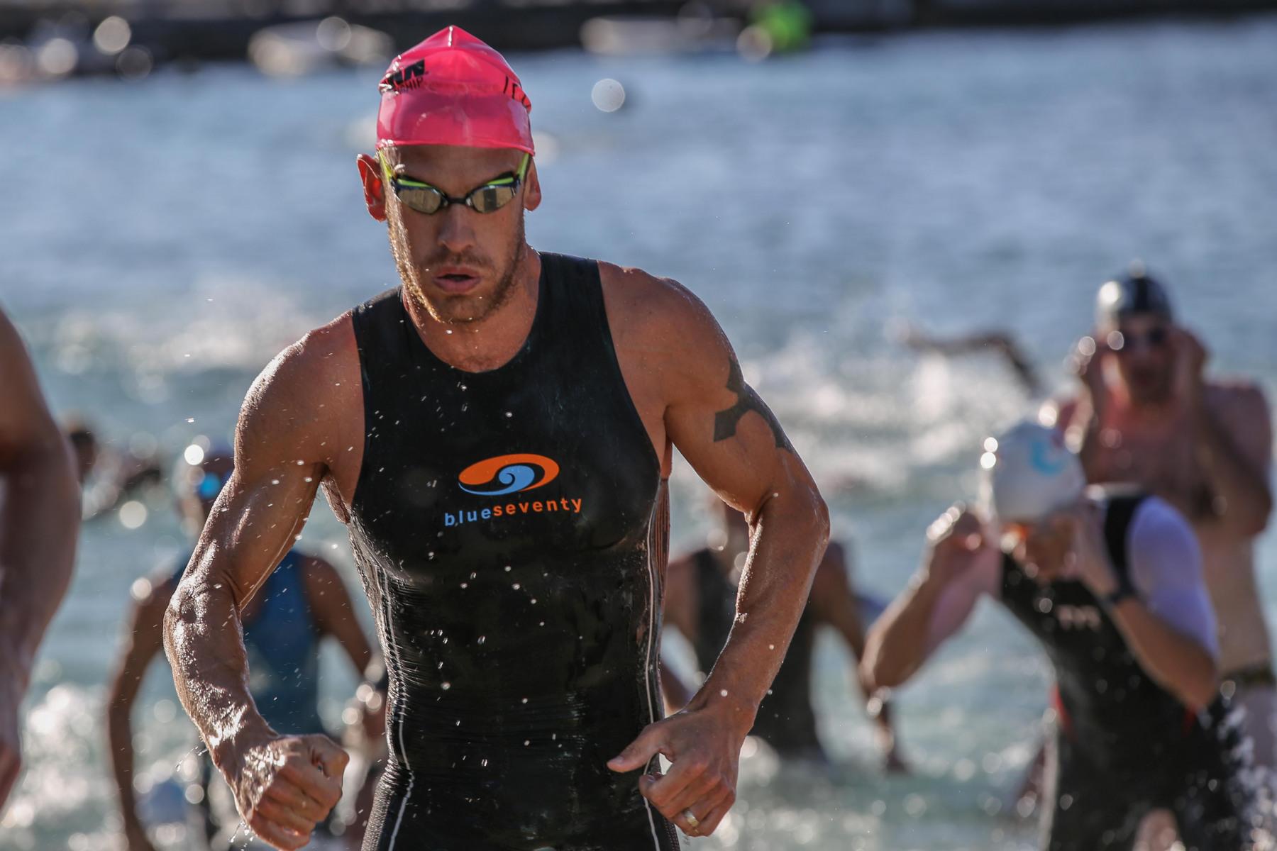 Lionel Sanders wollte nach seiner Teilnahme beim Path Run am Vortag weitere Wettkampfkilometer sammeln. Seine Zeit: 51:55 Minuten.