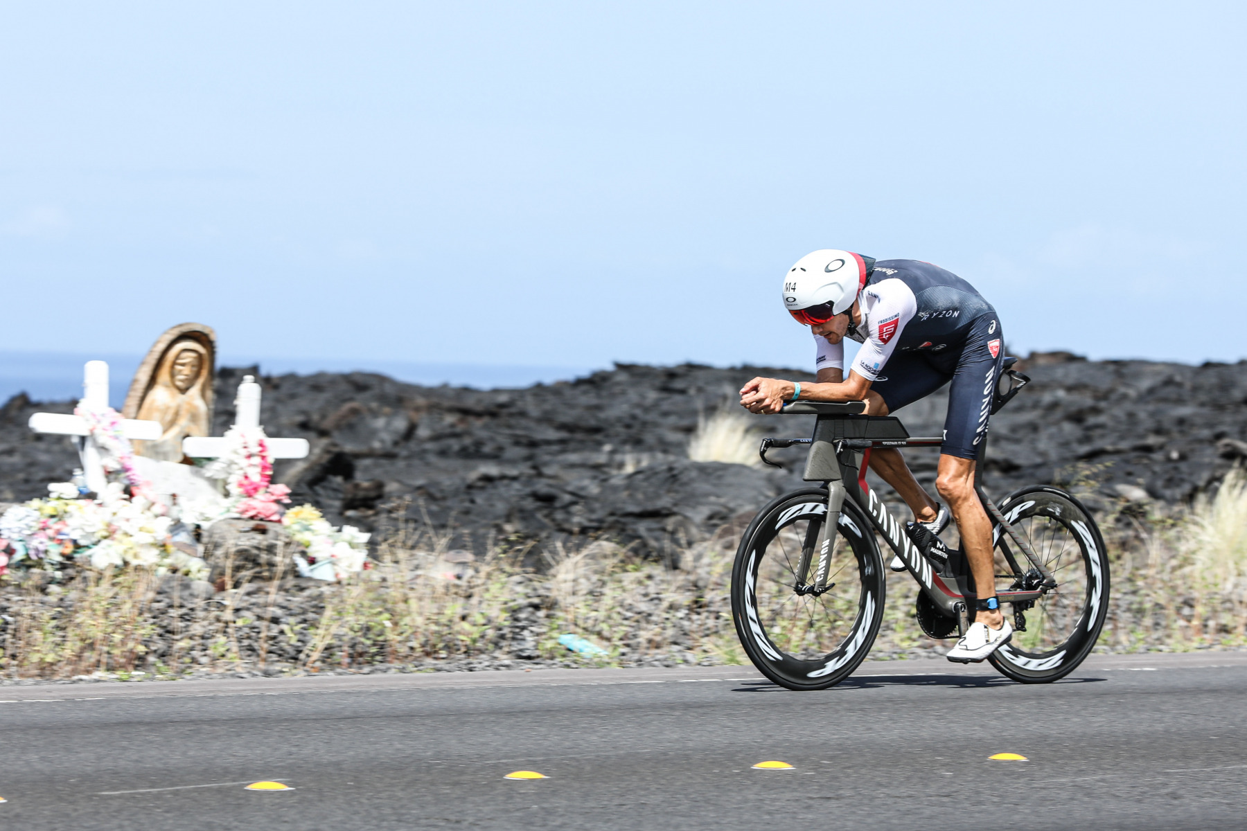 Als die Spitze nach Kailua-Kona zurückkehrt, ist Jan Frodeno weiterhin in perfekter Ausgangsposition.